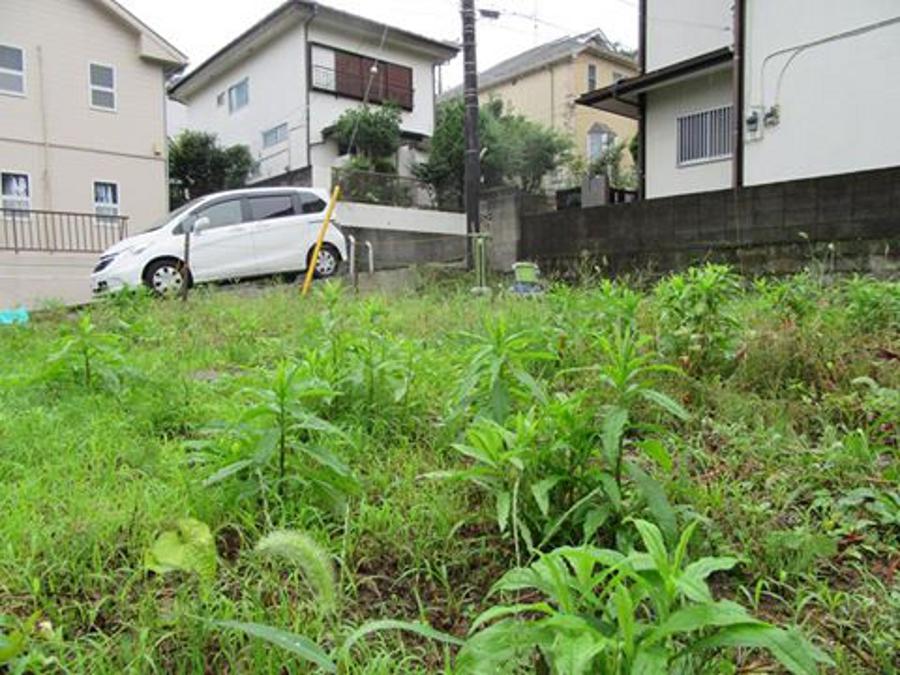 心地よい風と緑のある家。地盤調査を行いました。