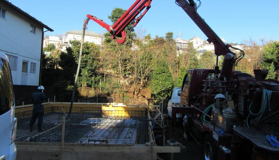 年明けは耐圧コンクリートの打設から。